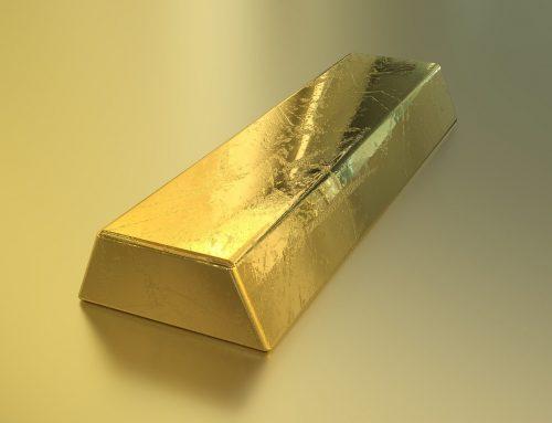 阿拉伯王子放在玻璃箱子的3.8公斤金块,被中国的小伙子成功取出并赢得!